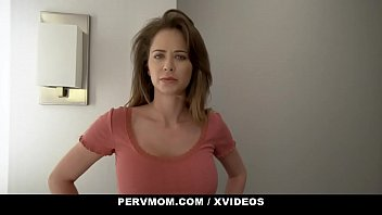 Pervmom thick curvy stepmom lets her stepson cum in her mouth