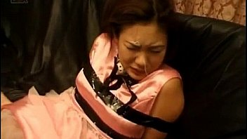 Rina Aihara tied is aroused on cunt