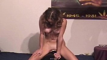 HOt girls cumming on the Sybian