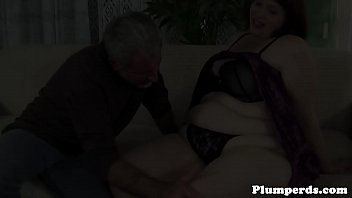 Ssbbw beauty bouncing on oldmans cock