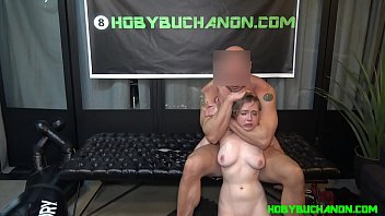 Hoby Buchanon Facefucks Küken