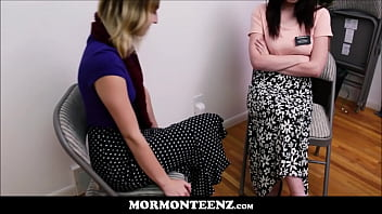 Young Mormon Lesbian Sisters Fuck To Orgasm