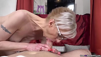 if its scrawny MILF action you want, look no farther than Mrs Espoir. This hot Euro milf puts years of cock milking experience to good use in this Over40handjobs update