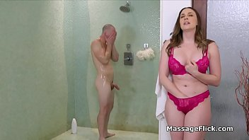 MILF pounded hard by stud during massage