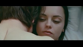 Christina Ricci in After.Life (2009) - 5