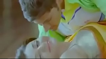 kajal agarwal extreme hot lip kiss