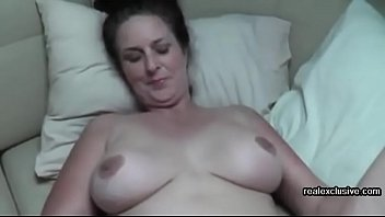 homemade couch sex of mature couple Eva and Robin