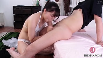 Kanon Kanon, a beautiful idol-class girl, molests a M-man! But the M-man was so stimulated that he couldn't stop himself from going after her and climaxing. Part 2