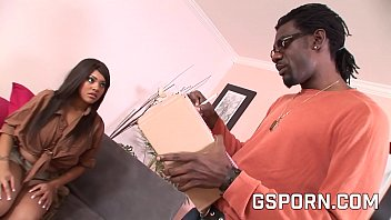 This ebony milf don't want a little dildo to fuck