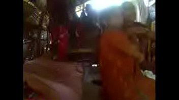 Kerala aunty in saree fucking with neighbour