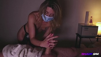 Chloe gives a very nice deep tissue massage and gives him a happy ending Great oily handjob video here