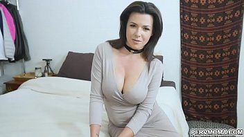 Hot MILF let horny stepson ate her pussy