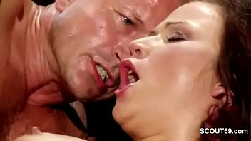 Dad Seduce 18yr old Step-daughter to Fuck When Mom Away
