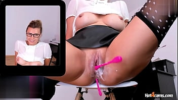 I Am Having Multiple Orgasms With Squirt In The Office   KATE.HOT4CAMS.COM