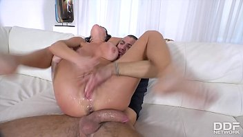 Endless orgasms for busty Milf Veronica Avluv during rock-hard dick penetration