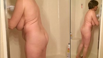 Sexy naked grandma cleans the shower again