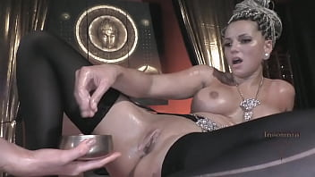 Sultan fucks 2 female Slaves and multiple Sextoy play