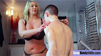 (Leigh Darby) Big Melon Tits Housewife Love Intercorse movie-28