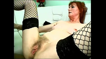 Granny gives experience and hot fucking