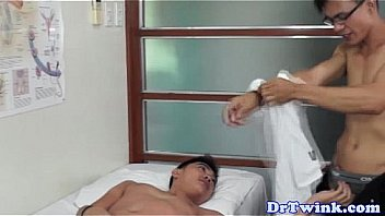 These two hot doctor hunks are fingering each other