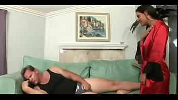Amateur couple invites bbc to fuck wife