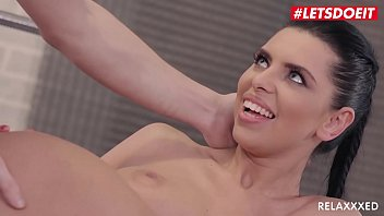 Watch LETSDOEIT - Big Tits MILF Kira Queen It Really Wants To Ride That Big Stick preview