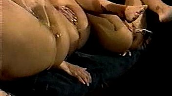 Female Ejaculation - 3 girls cumming at the same time