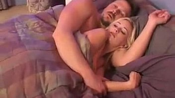 blonde bombshell gives perfect blowjob