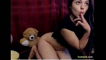 Girl shows stuffed pussy