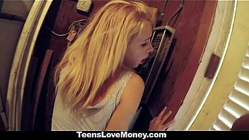 TeensLoveMoney - Teen Gets Fucked In Public For Cash
