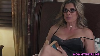 Mature stepmom with big tits and a horny girl satisfied each other