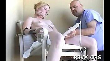 Girlfriend is sex-toy her perfectly juice honey pot Thumbnail