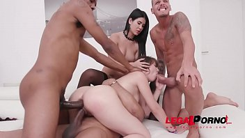 Luna Rival dominated by Lady Dee, assfucked by monsters & pissed all over SZ2084