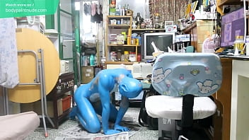 Gay Teen Bodypaint / 19 Years Old Boy Turned into a Veemon νm;1