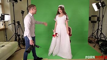 Wedding photographer guy seduces and bangs Evelina and her preety cunt
