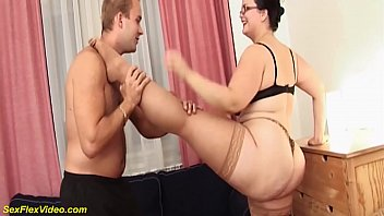 extreme flexible bbw milf gets stretched and wild kamasutra fucked by her toyboy