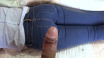 ARDIENTES 69 - MY WIFE GETS TOO EXCITED TO MASTURBATE ME LOOKING AND STROKING HER DELICIOUS ASS