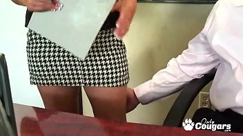 Jessica Bangkok Has Some Rough Office Sex