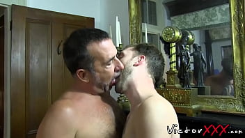 Mature dude banging his young boyfriend