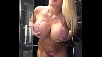 stretching that big ass in the shower sophiejameslive com