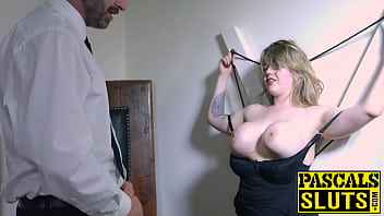 Curvy British pussy battered and blowjob