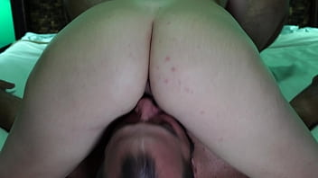 Facesit pussy lick finished in a hard pussy fuck