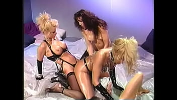 Lecherous blonde floozie Debbie Diamond   organized steamy lesbian group sex with oiling their bodies and playing dildos