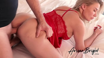 Sexy Insta Babe ARIANA BRIGHT Loves Getting Fucked Doggystyle