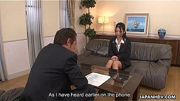 Asian office lady Satomi gives her pussy up