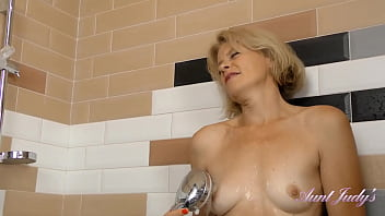 Diana in the Shower