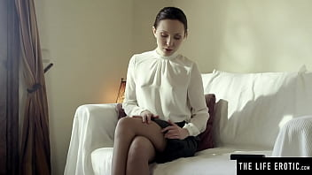 Sexy secretary in stockings rubs her pussy with a huge vibrator