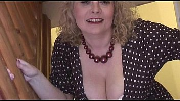 Mature British Cindy gets Horny and Wet in Her Pantyhose ...