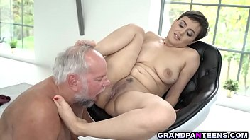 Fetish grandpa bangs Yasmeenas tight pussy