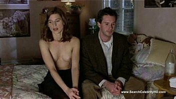 2636364 perrey reeves nude kicking and screaming 2005